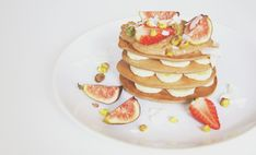 These healthy, clean power pancakes will get you through every tough work-out…