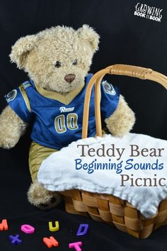Lay the blanket and settle in for a teddy bear beginning sounds picnic to build phonological awareness. A perfect playful preschool literacy activity!