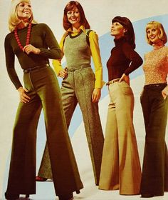 1974 Big bell-bottoms had to cover your shoes. These ladies look like they are in their but were probably year-old models. My dads comment was 'women with bell bottoms shouldn't wear bell bottoms', 60s And 70s Fashion, Retro Fashion, Womens Fashion, Fashion Trends, Seventies Fashion, Vintage Women's Fashion, Fashion Fashion, 1974 Fashion, High Fashion