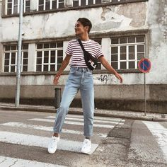 Shop FILA Adams Bum Bag at Urban Outfitters today. We carry all the latest styles, colours and brands for you to choose from right here. Retro Outfits, Grunge Outfits, Vintage Outfits, Casual Outfits, Men's Outfits, 80s Fashion Men, Retro Fashion, Fashion Outfits, Lolita Fashion