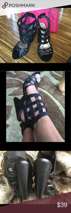 💋SALE💋BCBG black Gladiator sandals Cage ankle Velcro closer 4 1/2 inch high crazy comfortable great shape . Must have😍 BCBG Shoes Sandals