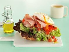 Smørbrød som svinger Sandwiches, Tacos, Food And Drink, Mexican, Ethnic Recipes, Roll Up Sandwiches, Paninis, Mexicans