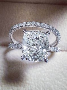 DIAMOND MANSION Custom Engagement Rings / http://www.deerpearlflowers.com/custom-diamond-engagement-rings/3/