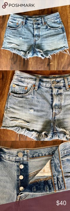 94c56e7f09 •Levi's 501 Shorts• Super cute frayed hem shorts from Levi's. Levi's 501  Shorts