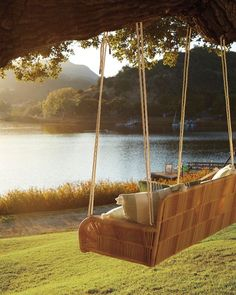 Outdoor Living, Outdoor Decor, Outdoor Swings, Jolie Photo, Porch Swing, Architecture, Country Life, Country Living, My Dream Home