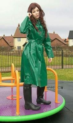 club rubberboots and waders 4 Green Raincoat, Pvc Raincoat, Raincoat Jacket, Imper Pvc, Rain Bonnet, Wellies Rain Boots, Leather High Heel Boots, Rain Gear, Long Gloves