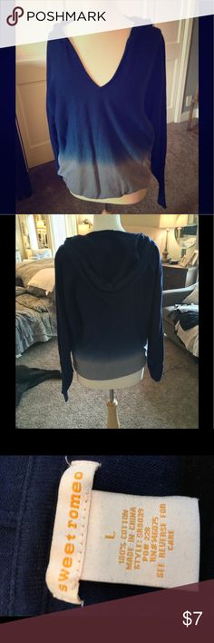 Blue v neck hooded sweater Blue and gray tie die sweater in good condition Sweaters