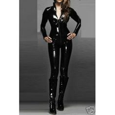 Catwoman thinspiration with black leather boots