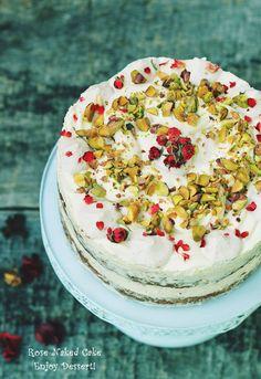 Pistachio Cake, Blueberry Cake, Beautiful Cakes, Yummy Cakes, No Bake Cake, Vanilla Cake, Naked, Baking, Rose