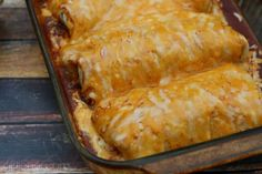 Shredded Beef Wet Burritos #SundaySupper | girlichef.com