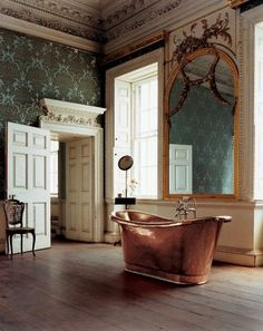 a bath in this Brass tub would be luxurious, and in this room: simply divine