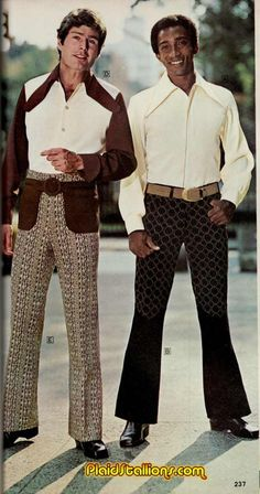The bell bottom pants became popular in the late and continued to widen into the as they gained in popularity. This was a time wh. 80s Men's Fashion Trends, 70s Fashion Men, Retro Fashion, Vintage Fashion, Bad Fashion, 70s Outfits, Outfits For Teens, Vintage Outfits, Trendy Outfits