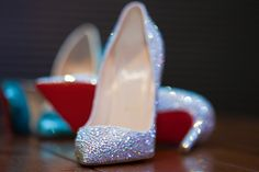 WANT. #glitter #sparkle #louboutins