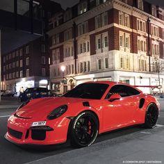 "9,531 Likes, 48 Comments - Corentin Simon | (@corentin.spot) on Instagram: ""@tbjalthani Porsche GT3 RS live Sloane street !  Snapchat: Co75017 #corentinspot #liveupload…"""