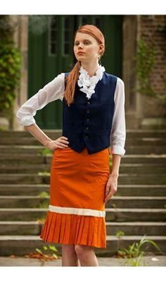 Scholar Skirt