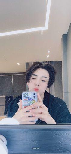 Seong, Kpop Boy, My Sunshine, Cute Boys, Boy Groups, Holi, Fangirl, Korea, Wallpaper
