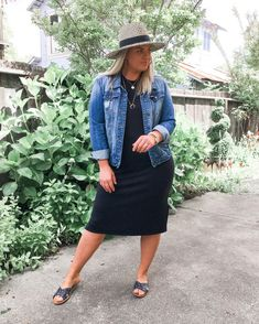 Jul 2019 - Posts from corrine_monique Moda Outfits, Curvy Outfits, Plus Size Outfits, Casual Outfits, Retro Fashion, Girl Fashion, Fashion Outfits, Womens Fashion, Look Plus Size