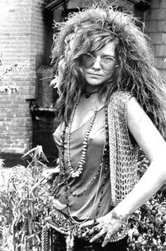 """""""when you go as janis joplin for halloween and everyone thinks you're just wearing your own clothes and going as yourself 🤷🏼♀️"""" Janis Joplin, Celebrities Who Died, Celebs, Rainha Do Rock, Acid Rock, Woodstock Festival, Rock Poster, Women Of Rock, Looks Black"""