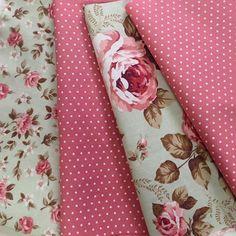 Perfeição define  #caldeira #tricoline #tecidolindo #patchwork #artesanato #artecomtecido #decoração #estampado #tecido #lojadetecidos #combinação