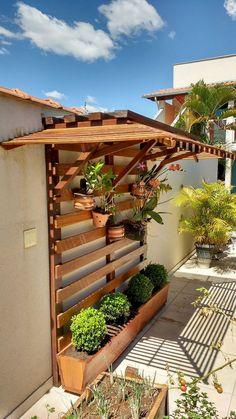 Adorable 50 Amazing Vertical Garden Design Ideas and Remodel Coach Deco … - Diy Garden Projects Vertical Garden Design, Vertical Gardens, Small Garden Design, Pocket Garden Small Spaces, Rectangle Garden Design, Vertical Pallet Garden, Diy Garden, Garden Care, Garden Ideas