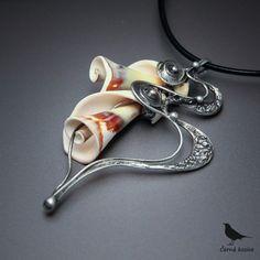 Nepunova trubka (Mušle) - náhrdelník