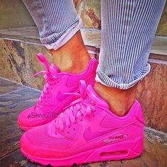 hot pink air max's