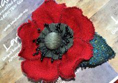 felt corsage red black wool poppy brooch flower coat scarf pin 10 cm large bead