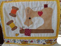 Capa para máquina de costura By Fabiana Fabrin