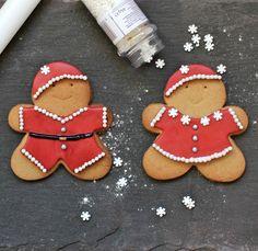 Christmas market DIY ideas on Pinterest | Burlap Pillows, Deer Heads ...