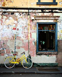 Taken in November 2012 on a wander around the colourful Brunswick street in Fitzroy, Melbourne ©Jessica Rose Photography