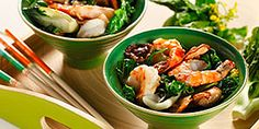 Stir-Fried Bok Choy with Jumbo Prawns. Asian greens like Bok Choy, Sui Choy and Chinese cabbage are loaded with nutrients including folic acid and calcium and well worth making a regular part of your weekly meals. Another easy recipe Prawn Recipes, Seafood Recipes, Soup Recipes, Cooking Recipes, What's Cooking, Diabetic Recipes, Healthy Recipes, Diabetic Foods, Recipes