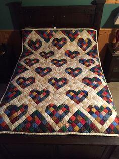 Cupid's Arrow: A Patchwork Heart Quilt Pattern Heart Quilt Pattern, Star Quilt Patterns, Pattern Blocks, Lap Quilts, Scrappy Quilts, Quilt Blocks, Heart Quilts, Patchwork Heart, Patch Quilt