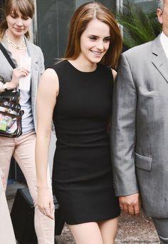 Emma Watson et sa robe en couleur noire