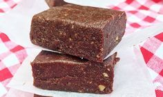 These nutritious raw brownie bars are so gooey and rich — they're the perfect snack for a sweet tooth! They're so easy to make and require only five main ingredients. (Salt is optional but