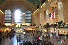 The USA - a melting point of cultures, creeds, religions and philosophies. Grand Central Station in New York City, USA. Central Station, Strange Things, Just In Case, Travel Photos, New York City, Perspective, Spanish, Beautiful Places, Melting Point