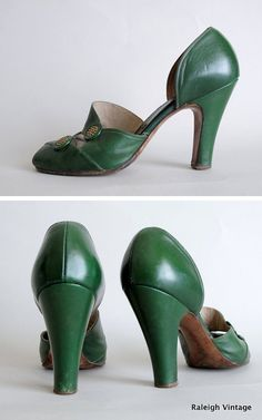 Vintage 1940s Shoes : 40s Green Button Peep Toe di RaleighVintage