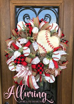 ❤️Love this baseball wreath!⚾️Complete with a hand painted sign from Perfect burlap and ribbon combination to brighten up your front door! Baseball Wreaths, Sports Wreaths, Softball Wreath, Wreath Crafts, Diy Wreath, Wreath Ideas, Tulle Wreath, Burlap Crafts, Wreath Making