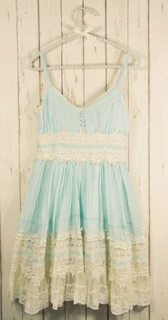 Mint Lace Dress / *so* beautiful, i love dresses like this but always feel liek they look too little-girlish on me. i already look too young and have the baby voice - if i walk around dressed like this gettiing taken seriously is impossible