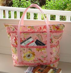 The Quilted Travelers Tote Pattern by Jo-Lydias Attic