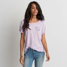 AE Graphic Raglan T-Shirt ($20) ❤ liked on Polyvore featuring tops, t-shirts, purple, burnout tees, scoop neck t shirt, side slit tee, american eagle outfitters t shirts and scoop neck tee