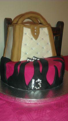 My daughter's birthday cake this year, very impressed with myself x