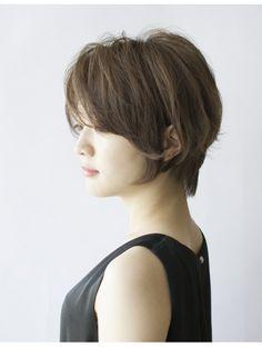 ヘアー パヒューム(hair PERFUME)【Perfume八柱】女性らしさを感じる緩やかなラインのショート