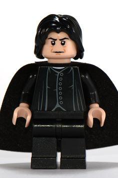 Лего hp100 - Professor Snape, Light Flesh Head, Brown Facial Lines Lego