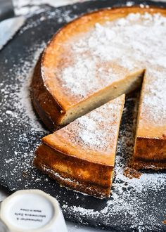 Speculoos cheese cake with malted pretzel crust
