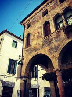 Casa dello Speziale.