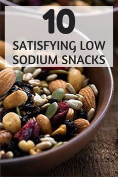 10 Satisfying Low-Sodium Snacks These snacks are delicious and some of my most favirite! To cut back on excess salt, try reaching for one of these tasty snacks that deliver in taste without all the sodium. Low Sodium Snacks, No Sodium Foods, Low Sodium Diet, Low Sodium Recipes, Sodium Intake, Meals Low In Sodium, Clean Eating Snacks, Tasty Snacks, Healthy Eating