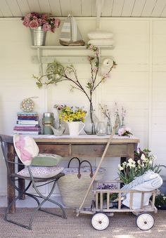 Summer house decorating ideas (Country Living Magazine Spring Fair 2015, London).