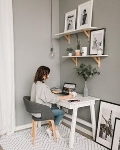 Home Office Space, Home Office Design, Home Office Decor, Office Ideas, Small Office, Apartment Office, Office Setup, Office Inspo, Modern Office Decor