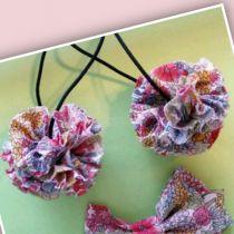 布のボンボンゴムの作り方 |今日もsewing日和 Hair Decorations, Ribbon Hair, Hair Band, Crochet Flowers, Hairpin, Macrame, Sewing Crafts, Hooks, Hair Tinsel