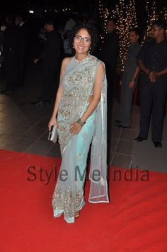Kiran Rao looking trendy in Gaurav Gupta saree at Karan Johar's birthday party http://shar.es/q5a8R